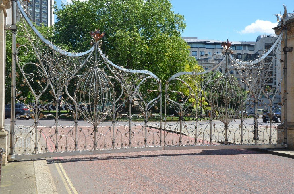 Queen Elizabeth Gates, Hyde Park