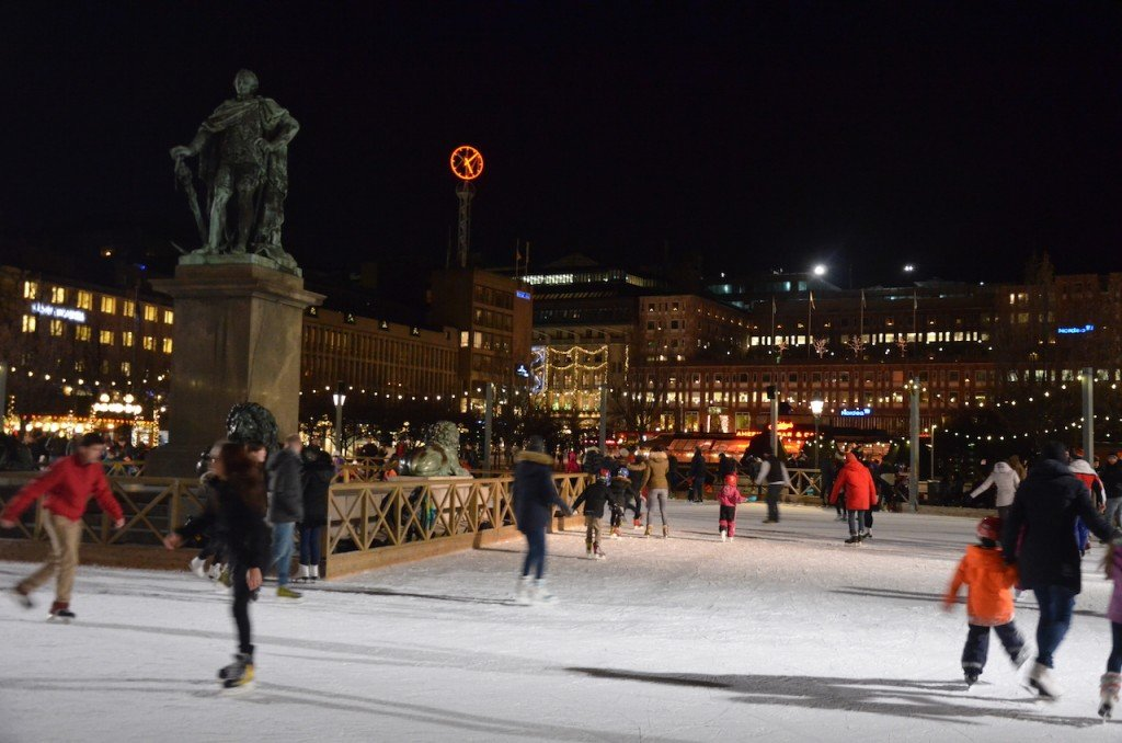 Ice skating at Kungsträdgården
